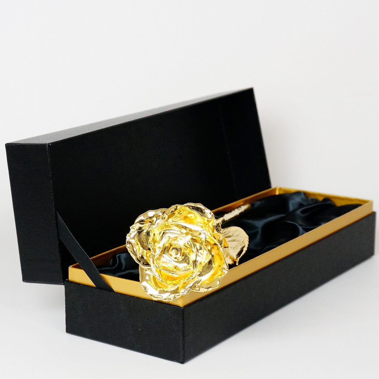 お母さんに贈る特別な薔薇。24Kでコーティングした「ゴールドローズ」|Gold Presttige