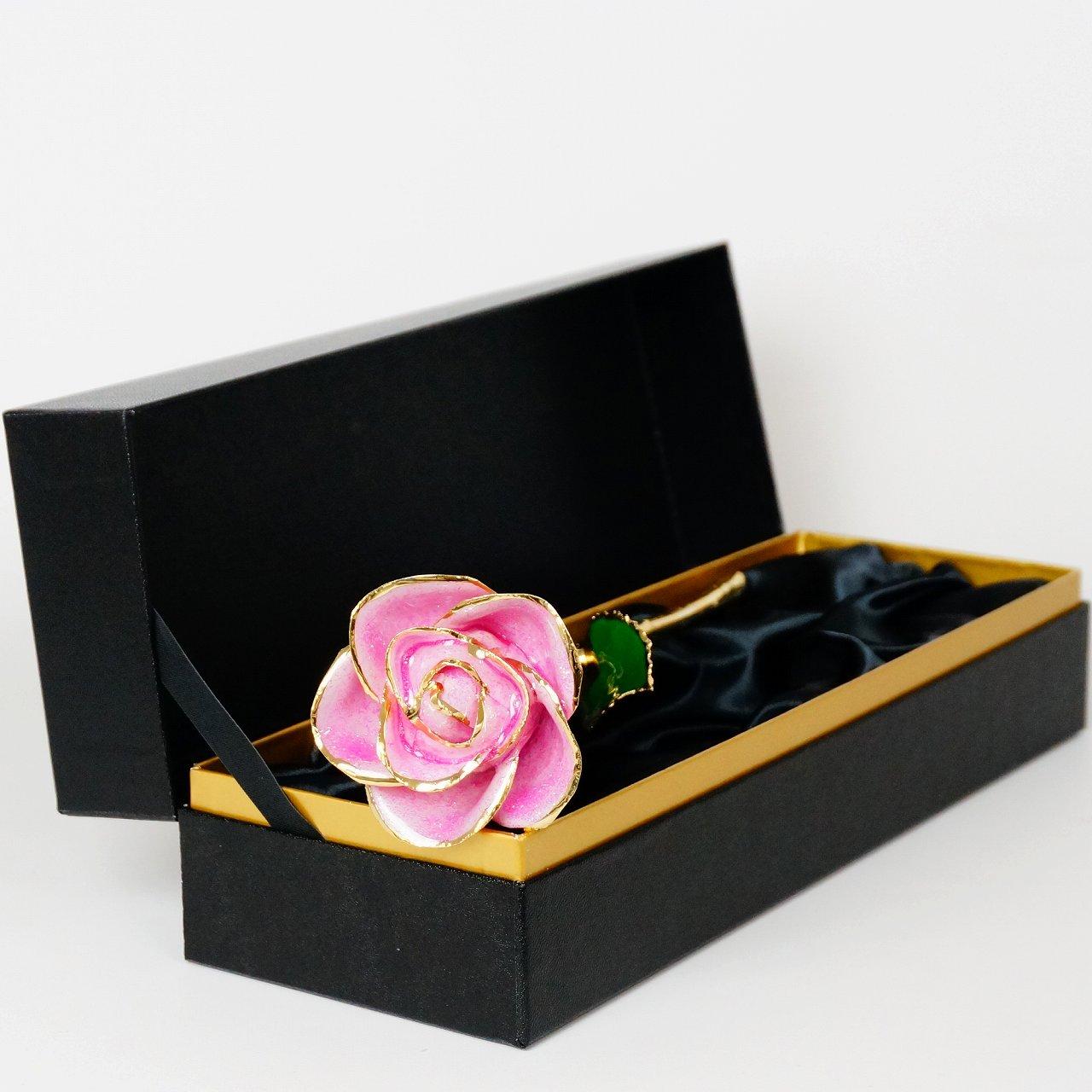 キラキラな花びらは特別なギフトにぴったり!24金で縁取った「スパークルローズ ピンク」
